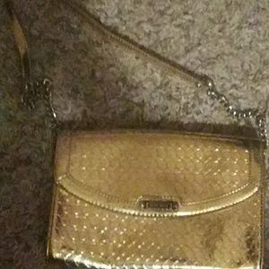Gold ninewest chained clutch